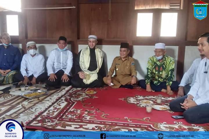 Letakkan Batu Pertama Rumah Tahfidz, Wabup OI Inginkan Penerus Bangsa Yang Qur'ani