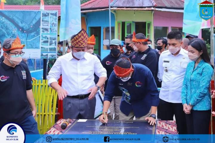 Bupati OI Sambut Kunjungan Menteri Pariwisata dan Ekonomi Kreatif ke Desa Burai